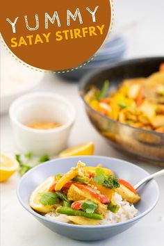 This peanut satay chicken stir fry is such an easy and delicious recipe that your entire family will love. Get this delicious, easy recipe here at My Kids Lick The Bowl #sataychicken #chickenstrifry Healthy Family Dinners, Healthy Meals For Kids, Family Meals, Kids Meals, Easy Meals, Healthy Recipes, Fun Food, Good Food, Yummy Food