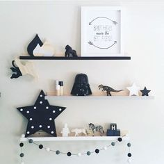 via mommo design: kids room shelf Baby Decor, Kids Decor, Home Decor, Decor Ideas, Baby Boy Rooms, Nursery Boy, White Nursery, Nursery Prints, Baby Room