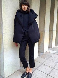Oui à la doudoune plus minimaliste chic que sportswear !