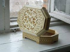 Резная деревянная шкатулка Кружево вырезано вручную от FancyChip