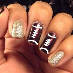 gold glitter super bowl nail art