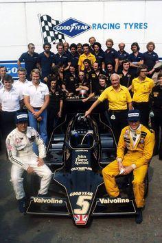 Lotus Team, Monza 1978 - Mario Andretti and Ronnie Peterson F1 Lotus, Italian Grand Prix, Mario Andretti, Formula 1 Car, F1 Racing, Ford, Car And Driver, Race Cars, Monster Trucks