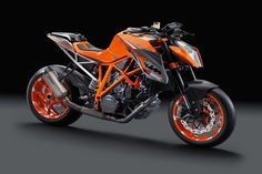 KTM 1290 Super Duke - 177 hp Beast