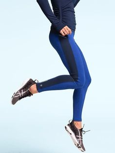 Athleta Power Lift Tight | #FuelTheJoy  loving these tights the color block is perfect.