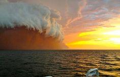 Friday Foto: Massive Aussie haboob