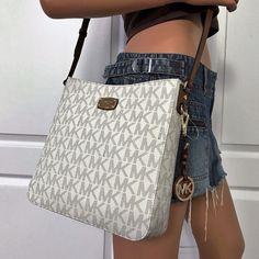 ddfe96bfa1c0 NWT Michael Kors Large PVC Messenger Shoulder Crossbody Bag Purse Vanilla |  eBay