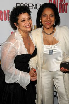 Debbie Allen and Phylicia Rashad both graduated from Howard University. Their parents met at Howard and their father is a graduate of Howard University School of Dentistry and their mom a long time educator. Howard University, Black Girls Rock, Black Girl Magic, My Black Is Beautiful, Beautiful People, Black Celebrities, Celebs, Debbie Allen, Phylicia Rashad
