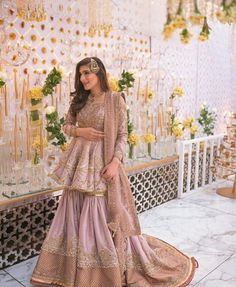 Pakistani Wedding Decor, Desi Wedding Dresses, Pakistani Bridal Dresses, Pakistani Dress Design, Wedding Attire, Party Wear Evening Gowns, Black White Wedding Dress, Dulhan Dress, Velvet Dress Designs