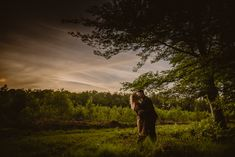 """""""Keep your best wishes, close to your heart and watch what happens""""  ― Tony DeLiso, Legacy: The Power Within Romantic Photos, Romantic Moments, Most Romantic Places, Beautiful Places, Engagement Photography, Wedding Photography, Best Love Stories, Before Sunset, Wedding Shoot"""