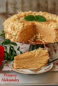 Biały Napoleon - kajmak i kremówka Napoleon Cake, Cookie Recipes, Dessert Recipes, Polish Desserts, Different Cakes, Dessert Decoration, Specialty Cakes, Flan, No Bake Cake