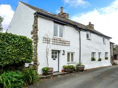 home farmhouse hawkshead force mills the lake district and