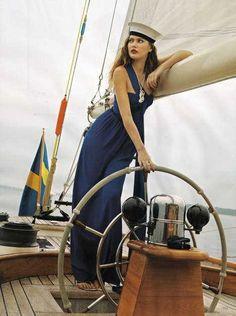 Stylish Seaworthy Shoots: A Nautical-Themed Fashion 'Blueprint' in Vogue Uk Nautical Outfits, Nautical Fashion, Nautical Theme, Nautical Style, Nautical Dress, Catherine Mcneil, Sailor Fashion, Vogue Uk, Vogue Photo