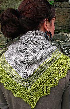 Free pattern Ravelry: Quaking Aspen Shawl pattern by Courtney Kelley.