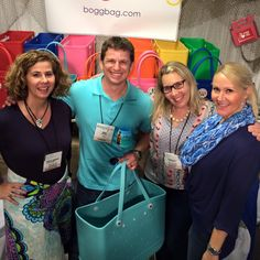 Brad from @ezpzfun hanging with the girls in Atlanta!  Chatting about the #boggbag the  #bestbeachbagever!