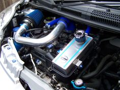 PEUGEOT 107 TWIN CAM AYKIT AND DRESS UP KIT ENGINE BAY
