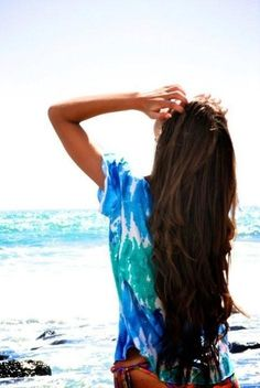 Someday my hair will be this long. Perfect beach hair