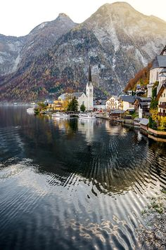 Linear view by ilias nikoloulis on 500px-An autumn evening view of Hallstatt near Salzburg, Austria-