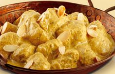 Looking for a simple yet deliciously creamy Chicken Korma Recipe? Use Schwartz Korma Curry Powder for better flavour. Visit Schwartz for the recipe. Chicken Korma Recipe, Chicken Recipes, Korma Curry Recipes, Almond Chicken, Curry Spices, Recipe Instructions, Marinated Chicken, Curry Powder, Indian Dishes