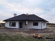DOM.PL™ - Projekt domu HG-H3A CE - DOM AL1-01 - gotowy koszt budowy One Level House Plans, House Layout Plans, Family House Plans, House Layouts, Best Exterior House Paint, Bungalow Exterior, Bungalow House Design, House Plans Mansion, Dream House Plans