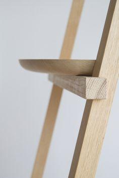 Oak Wood Minimalist Chair | Oato