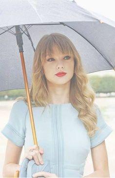taylor swift- her hair looks a lot like mine Taylor Swift Fotos, Estilo Taylor Swift, Taylor Swift Style, Taylor Swift Pictures, Taylor Alison Swift, Begin Again Taylor Swift, Pretty People, Beautiful People, Taylor Swift Wallpaper
