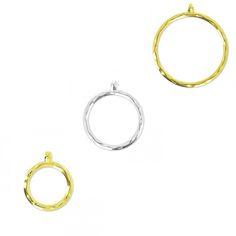 Pendentifs anneaux martelés en métal à personnaliser, disponible en plusieurs tailles ici >>> http://www.perlesandco.com/advanced_search_result.php?keywords=pendentif+anneau+martel%E9&save=