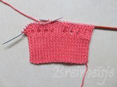 Babysokjes breien foto 1 Crochet Bikini, Knit Crochet, Baby Boots, Happy Baby, Photos, Street Style, Knitting, Sewing, Pattern