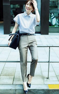 office to happy hour outfits Classy Work Outfits, Office Outfits Women, Office Fashion Women, Work Fashion, Fashion Pants, Casual Outfits, Outfit Office, Casual Office, Stylish Office Wear