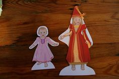 I saw these personalized paper dolls on Sandy Ford Design on Etsy  and fell in love with them. I emailed Sandy and asked if she would like ...