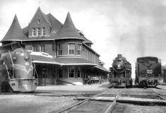The classic depot at Durand, Michigan (now site of the Michigan Railroad History Museum) stood at the crossroads of the Grand Trunk Western main line and the line from Detroit to Muskegon. Hence it was a place where connecting trains met.