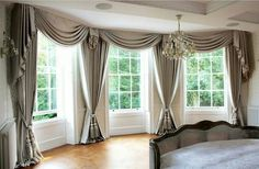 My favorite look. Classic, elegant draperies adorned with swags and cascades. Large Window Treatments, Bathroom Window Treatments, Window Treatments Living Room, Window Coverings, Home Curtains, Window Drapes, Modern Windows, Large Windows, Bay Windows