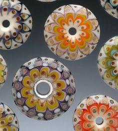 Lampwork bead tutorial - demonstration by Kristina Logan