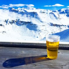 Skiing in Flaine, France - 12.03.17-15.03.17 Be rude not to.. #france #skiing #beer #flaine #holiday #mountain #bluesky #snow #skyscape #picturesque #landscape #contrast