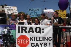 """Ser Gay en Irak. """"Vinieron y me dijeron que o dejaba de ser gay o me mataban"""". http://blog.friendlymap.com.uy/?p=3986"""