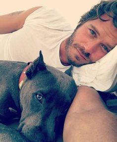 Turkey: Best model and actor Kıvanç Tatlıtuğ chillin' with his canine buddy.