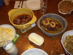 Thanksgiving Dinner 2011, home-made from yours truly! :)