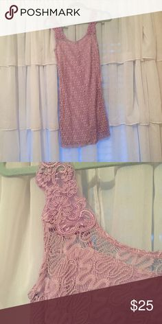 Free People Lace Sparkly Bodycon Dress Adorable free people dress! I've only tried it on before, so it's in perfect condition. Free People Dresses Mini