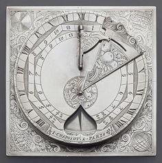 Sundial - Cadran solaire horizontal armorié type Description : Vers 1700. Armes de la famille Colbert