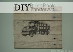 Little House of Four: DIY Pallet Photo Transfer Art (Kids Wood Crafts Photo Transfer) Pallet Frames, Pallet Art, Diy Pallet Projects, Wood Projects, Woodworking Projects, Pallet Ideas, Pallet Boards, Craft Projects, Photo Craft