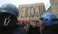 La Mia protesta contro lo PSICONANO  IlPost - (AP Photo/Antonio Calanni) - (AP Photo/Antonio Calanni)