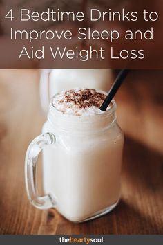 If you're looking for tasty keto smoothie recipes that are easy to make, take a look at this list! Keto smoothies will help control your sweet tooth and cravings! Weight Loss Meals, Weight Loss Drinks, Weight Loss Smoothies, Diabetic Smoothies, Chia Seed Recipes For Weight Loss, Diabetic Drinks, Best Weight Loss Foods, Weight Loss Shakes, Detox Drinks
