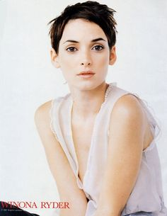 Winona Ryder, haircut style is very sexy ♥