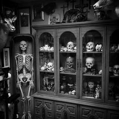 scary Black and White creepy weird wtf vintage horror skull ...