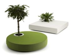 Pouf en tissu GREEN ISLANDS by Offecct design Jean-Marie Massaud