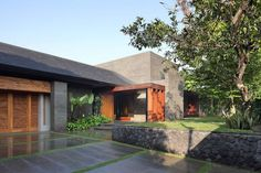 Exciting Wood and Stone Houses with cute decor: Breathtaking Tropical House With Stone Wall And Captivating Temple Stone Floor As Extraordinary Model Idea ~ ebocube.com Architecture Inspiration