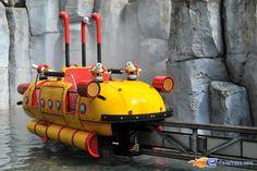 2/14 | Photo de l'attraction Splash Battle située à Walibi Holland (Pays-Bas). Plus d'information sur notre site www.e-coasters.com !! Tous les meilleurs Parcs d'Attractions sur un seul site web !!