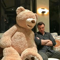 Knowing that you only have 2 days holiday left away😭 . but still have next week off. ❤️ So after Monday I… Seth Macfarlane, Evil Geniuses, Louis Armstrong, Voice Actor, Next Week, My Crush, American Actors, Teddy Bear, Fandoms