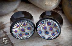 woooah, LOOVE! black horn plugs with venetian glass inlay!