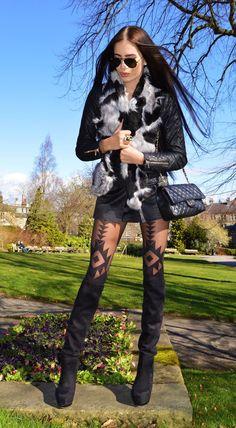 LAURA BADURA FASHION & BEAUTY: Tights & Boots Combo
