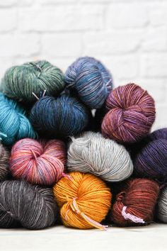 Good news if you're Mad about Madelinetosh—17 new colors have just arrived in some of your favorite bases: Twist Light, Tosh Merino Light, Tosh Vintage, Tosh Sock, and Tosh DK. #madtosh